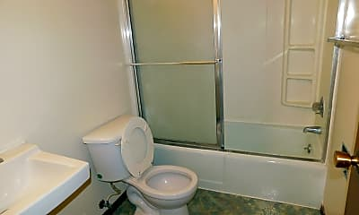 Bathroom, 625 Forest Ave, 2