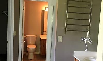 Bathroom, 4512 Raccoon Trail, 2