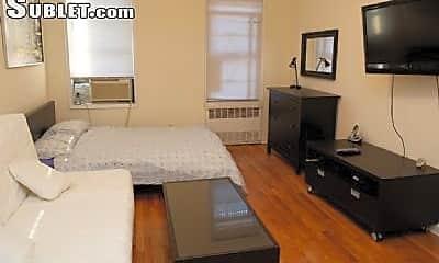 Bedroom, 337 E 81st St, 1