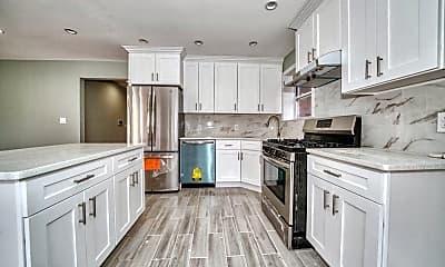 Kitchen, 21-45 32nd St, 0
