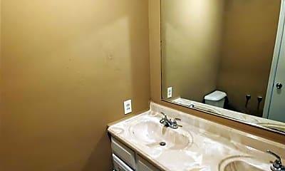 Bathroom, 1536 W 40th St, 2
