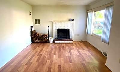 Living Room, 3918 15th Street B, 1