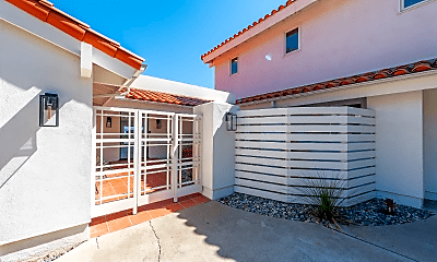Building, 2107 Calle Guaymas, 2