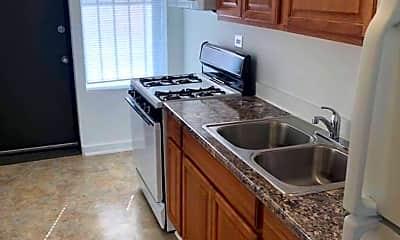Kitchen, 4946 W Adams St, 1