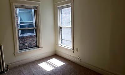 Building, 716 E 1st St, 1