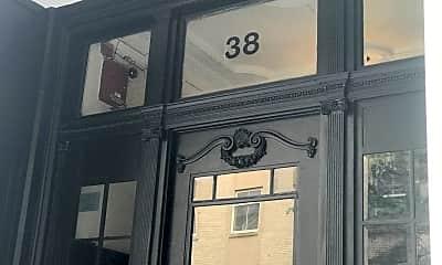 38 Hemenway St, 1