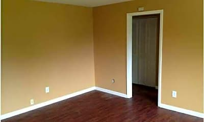 Foxcroft Apartments, 1