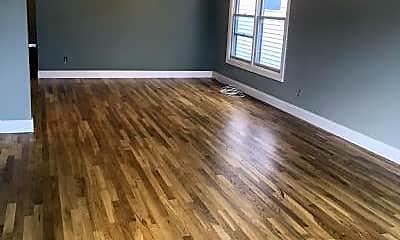 Living Room, 380 5th St, 1