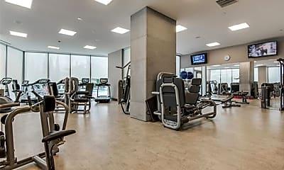 Fitness Weight Room, 2900 McKinnon St 904, 1