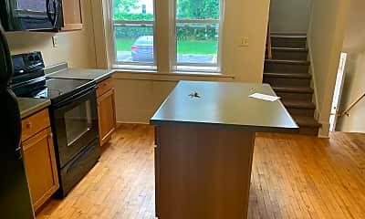 Kitchen, 1202 Summit Ave, 1