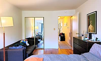 Living Room, 324 Bergen St, 1