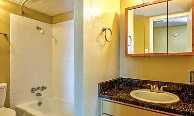 Bathroom, Tree Top, 2