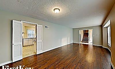 Building, 8723 Mackey St, 1