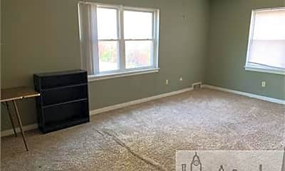 Bedroom, 124 W South St, 0