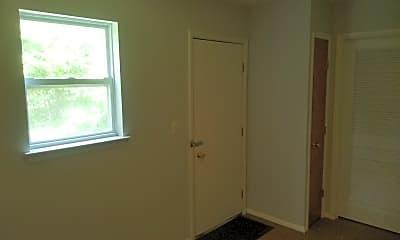 Bedroom, 43 W Railroad Ave, 2