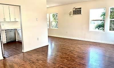 Living Room, 2020 W 35th St, 0