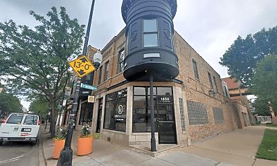 Building, 1850 N Milwaukee Ave, 2