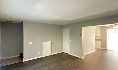 Living Room, 4223 Dana Rd, 1