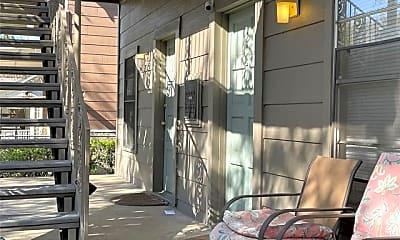Patio / Deck, 202 S Willomet Ave 1, 1