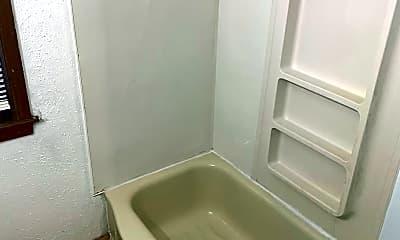 Bathroom, 3925 N 41st St, 2