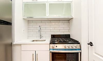 Kitchen, 555 McLean Ave, 0