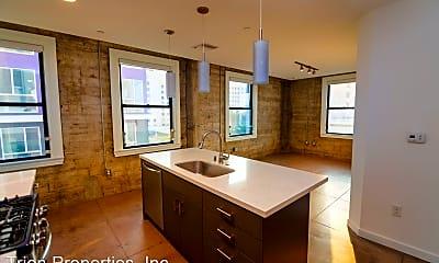 Bathroom, 1136 W 6th St, 0