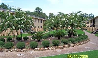 Bayside Oaks, 1