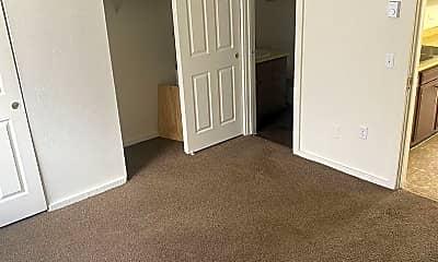 Bedroom, 5311 N Detroit Ave, 2