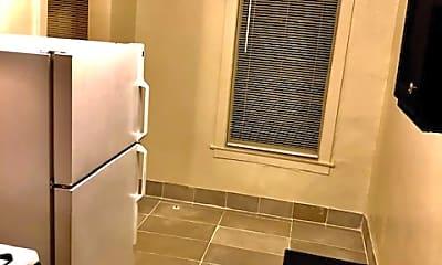 Bathroom, 138 E 155th St, 0