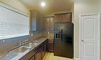 Kitchen, 732 Spectrum Dr, 2