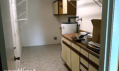 Kitchen, 1043 Marlin Dr, 2