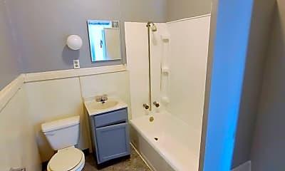Bathroom, 116 N 6th St, 2