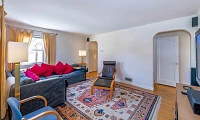Living Room, 4-10 Grunauer Pl, 1