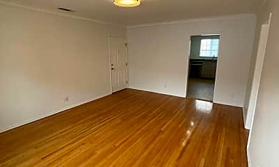 Living Room, 1111 S Cochran Ave, 1