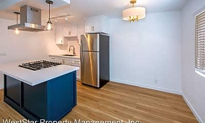 Kitchen, 936 Cedar Ave, 1