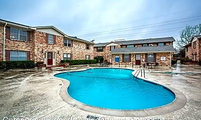 Pool, 5010 Matilda St, 2