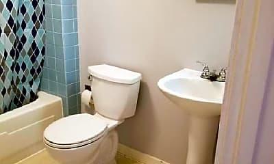 Bathroom, 201 Southmont Blvd, 2