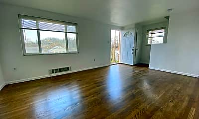 Living Room, 2101 Woodward Ave, 1