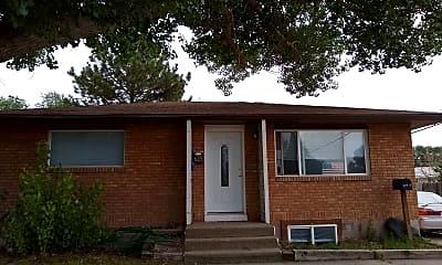 Building, 625 El Rancho Blvd, 0