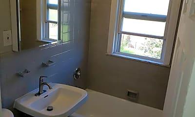Bathroom, 1832 Forest Hills Blvd, 2