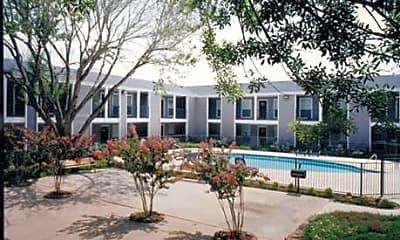 Southmore Park Apartments, 0