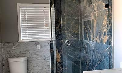Bathroom, 5550 Dodd St, 2