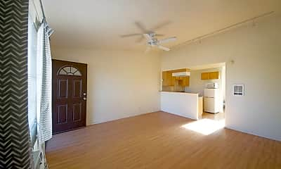 Living Room, 846 N 10TH AVE #4, 2