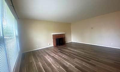 Living Room, 9669 Eisenbeisz St, 1