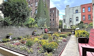 Building, 424 W 154th St 1, 2
