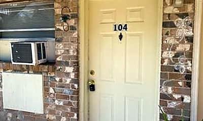 917 Ann Ave 104, 0