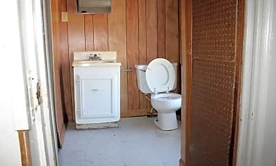 Bathroom, 315 Osage #4, 2