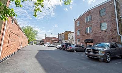 Building, 10 N Pennsylvania Ave G, 2