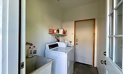 Kitchen, 2870 Lincoln Ave, 2
