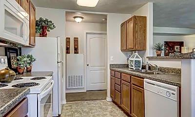 Kitchen, Parkwood Pointe Apartments, 1